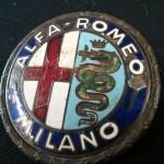 logo-originale-in-ferro-smaltato-per-alfa-romeo-giulietta-3