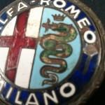 logo-originale-in-ferro-smaltato-per-alfa-romeo-giulietta-spider
